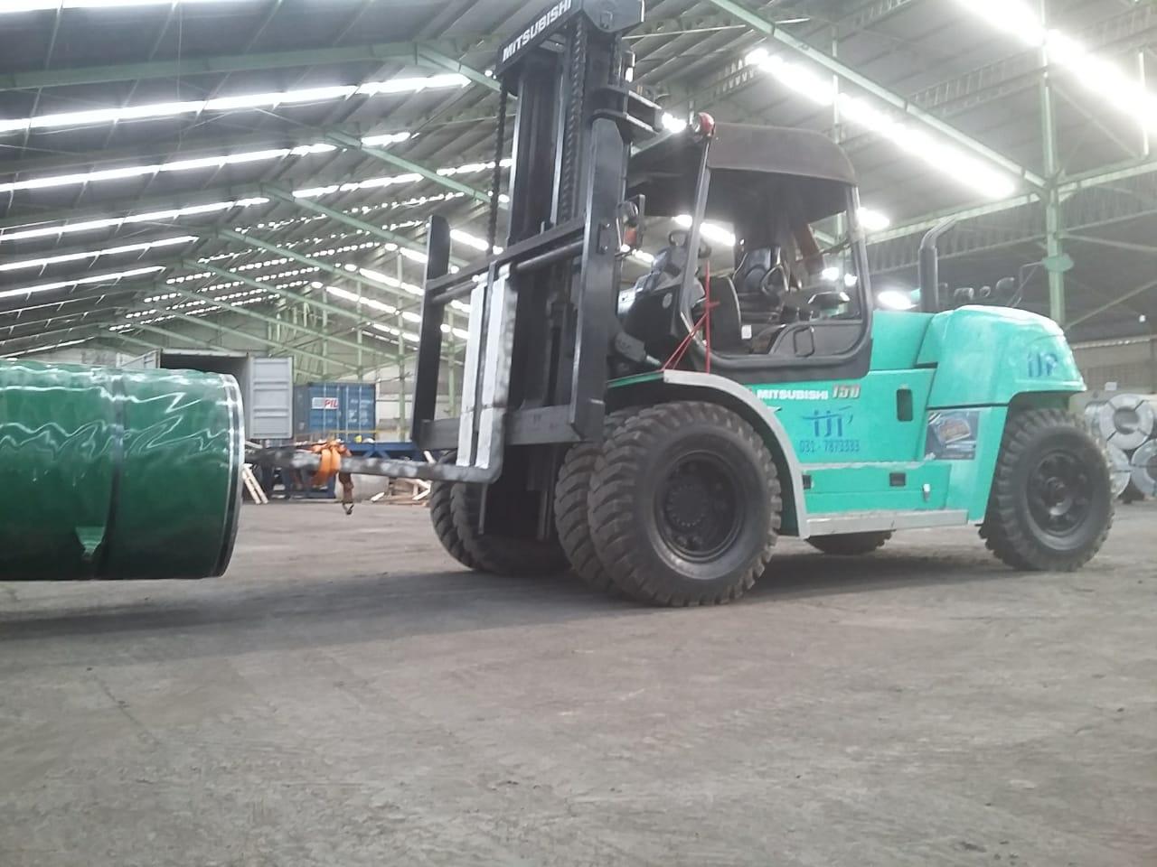 Panduan Sewa Forklift Rungkut Surabaya, apa saja yang penting ?