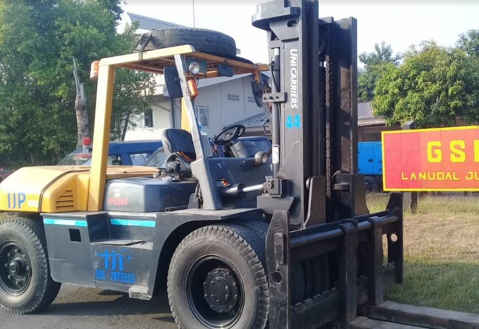 Penyedia Jasa Sewa Forklift Gresik - JAWA TIMUR